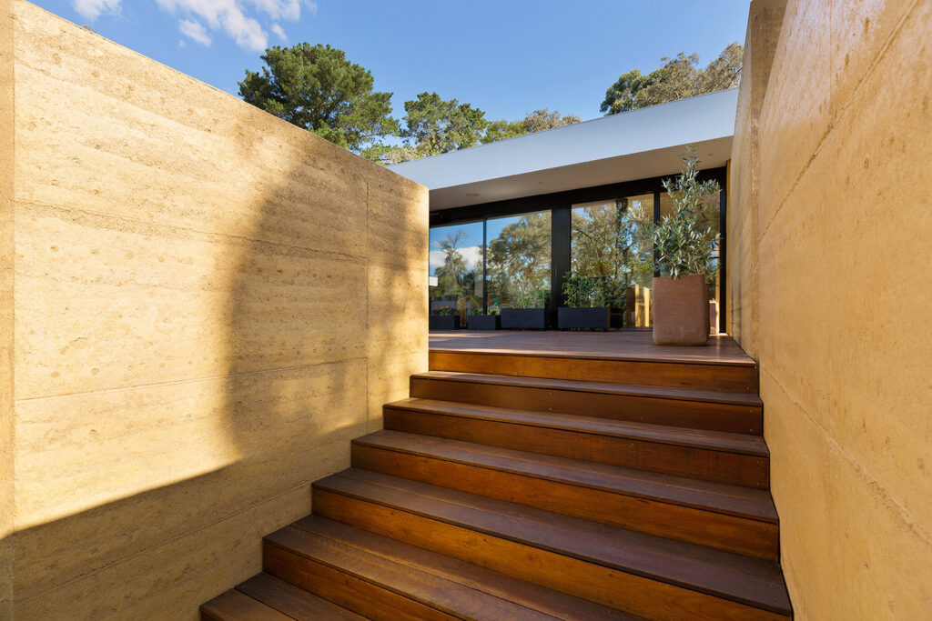 rammed-earth-texture-landscaping-walls