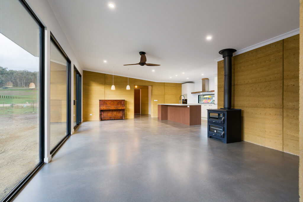 internal-rammed-earth-open-plan