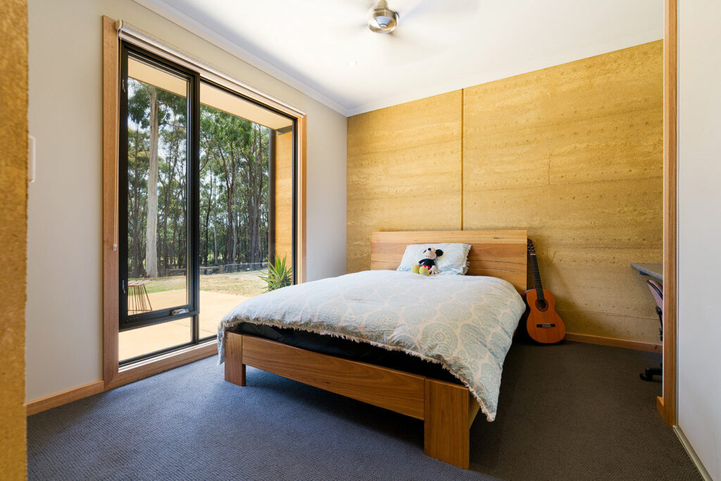 internal-rammed-earth-kids-bedroom