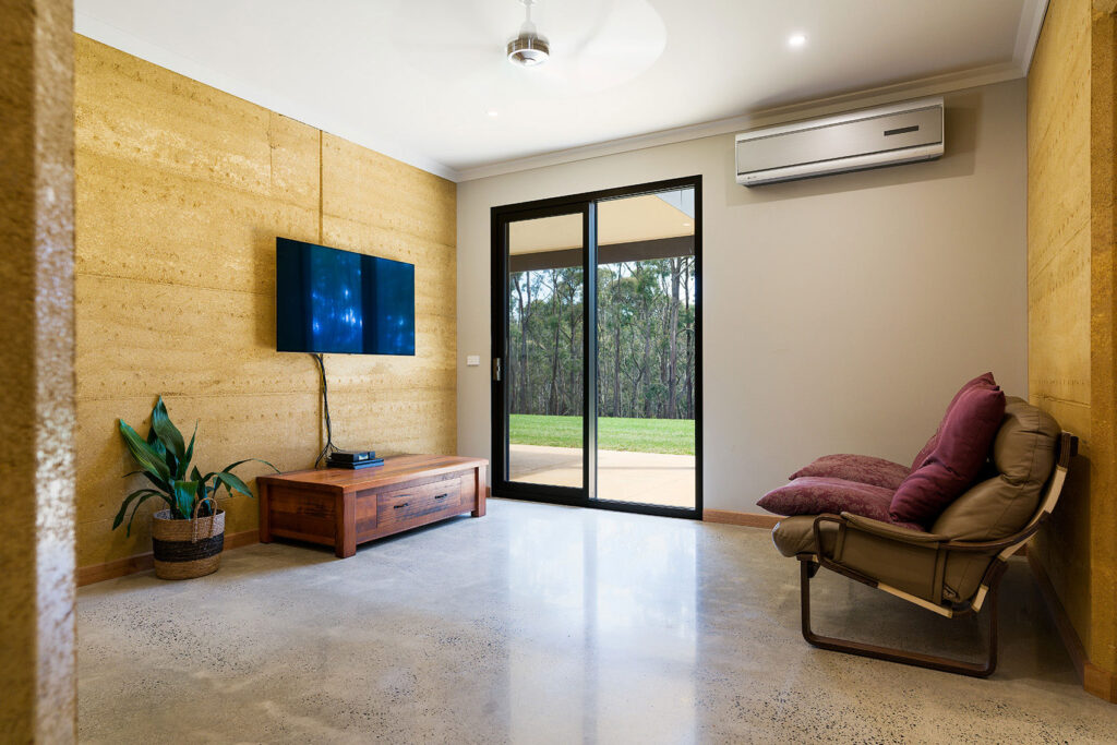 internal-rammed-earth-living-space