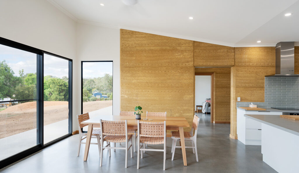 internal-rammed-earth-minimalist-open-plan