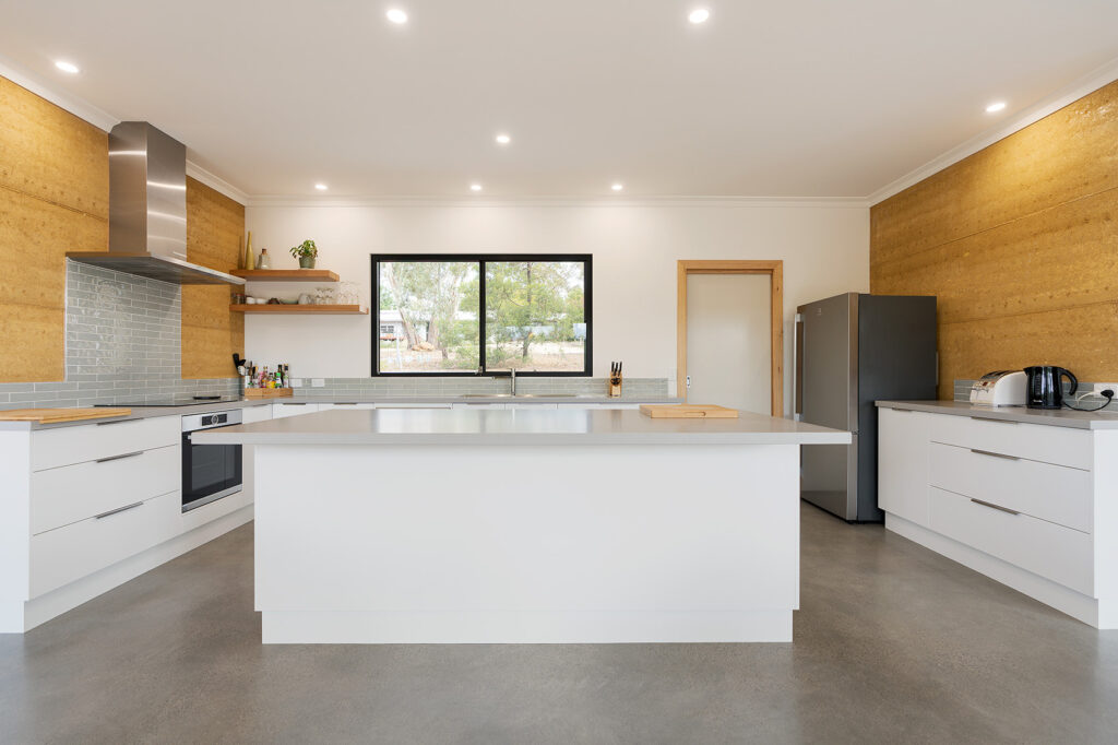 internal-rammed-earth-minimalist-kitchen